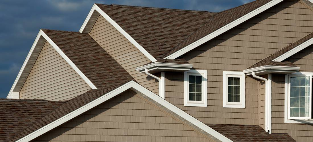 Steps-to-Clean-Your-Vinyl-Siding-Like-a-Pro