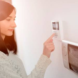 Tips-to-Protect-Your-Home-Alarm-System-2