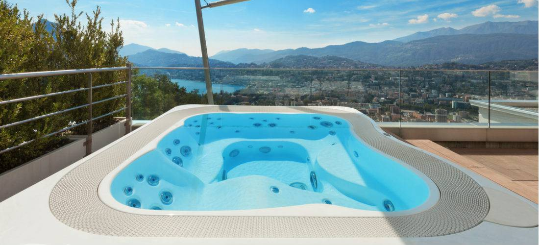 outdoor hot tube