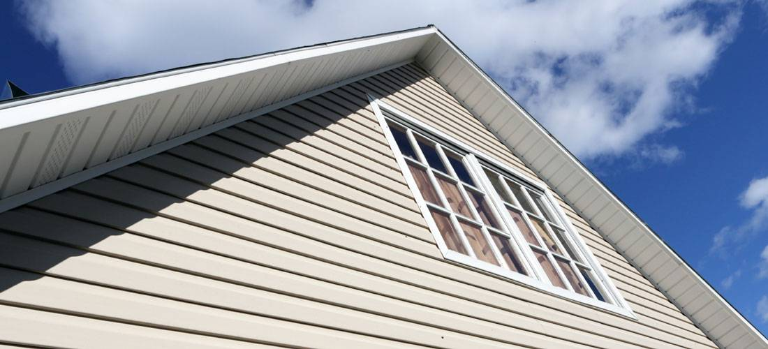 Aluminum-siding-vs-composite-siding