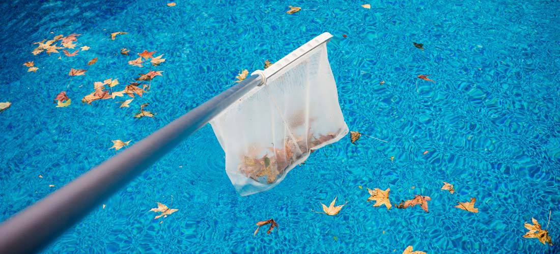 Swimming-Pool-Maintenance-Tips-for-Fall-and-Winter-Months